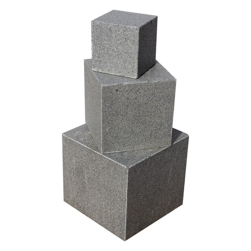 Cube en Granit gris foncé 20x20x20 cm