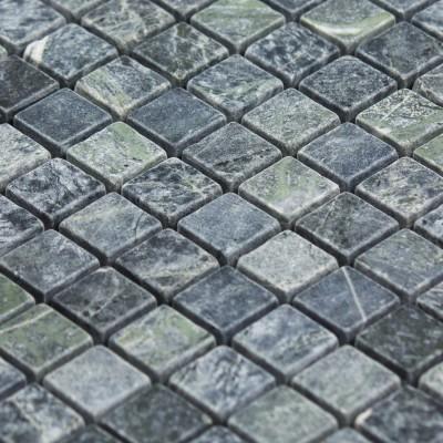 Mosaïque grise / verte en pierre